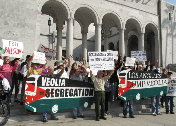A 2009 demonstration against Veolia in Los Angeles