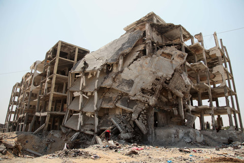 A partly collapse apartment block