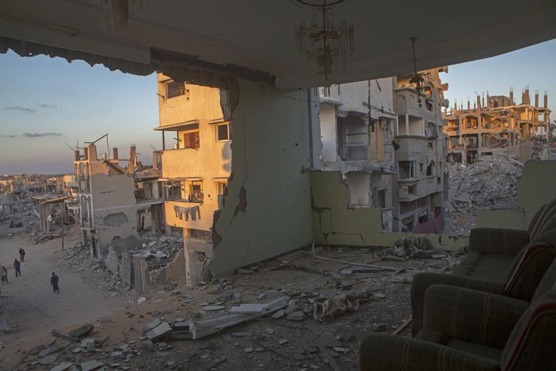 Inside Out Three Poems On Gaza By Zeina Hashem Beck The Electronic Intifada