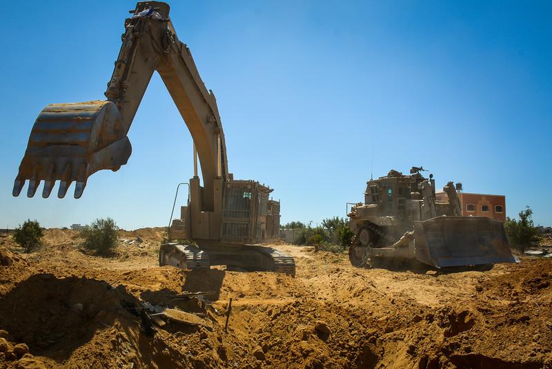 Israel uses Caterpillar equipment in apparent extrajudicial