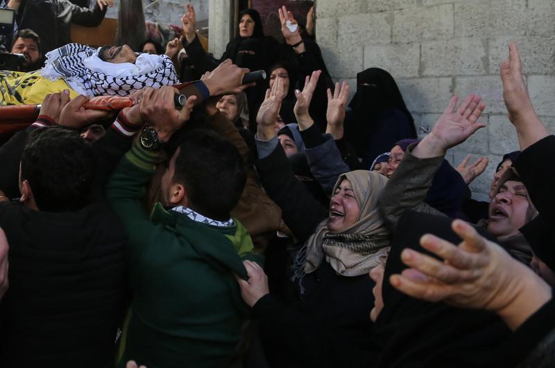 Israel hits Hamas posts after Gaza mortar fire