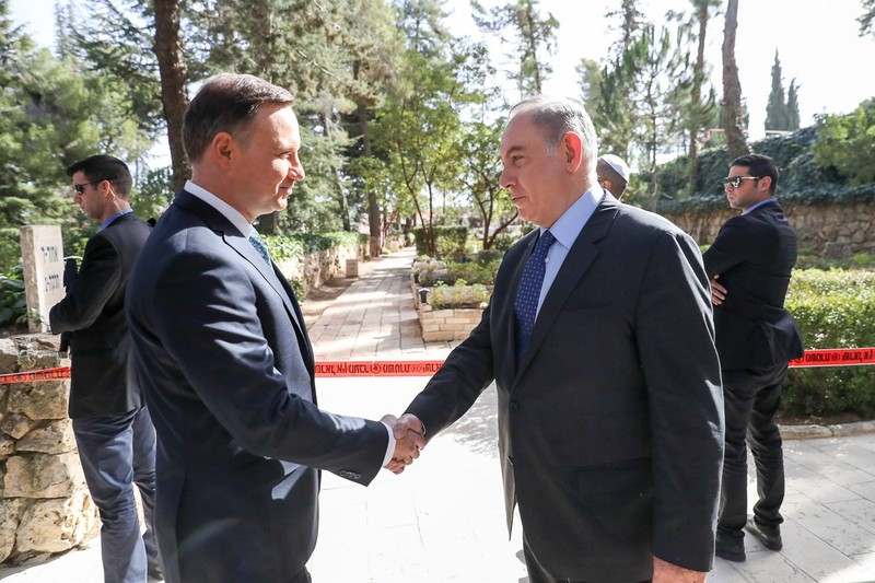 Israel embarrassed by its Holocaust-denying allies in Poland