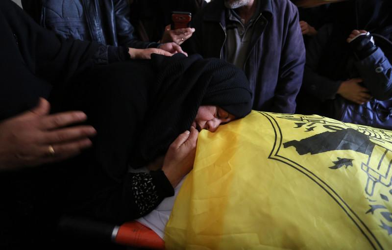 It Kills To Mourn Living >> Israel Kills Palestinians In Gaza West Bank The Electronic Intifada