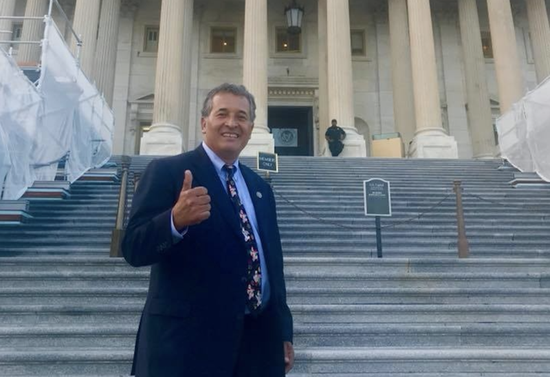 Congressman Juan Vargas gives thumbs up signal in front of US Capitol Building