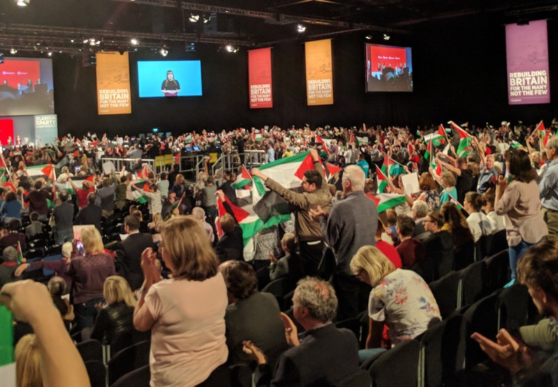 Labour votes for Palestinian right to return