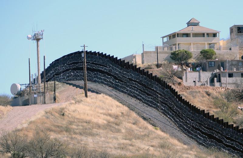 Builders of Israel's apartheid walls profit from US border militarization