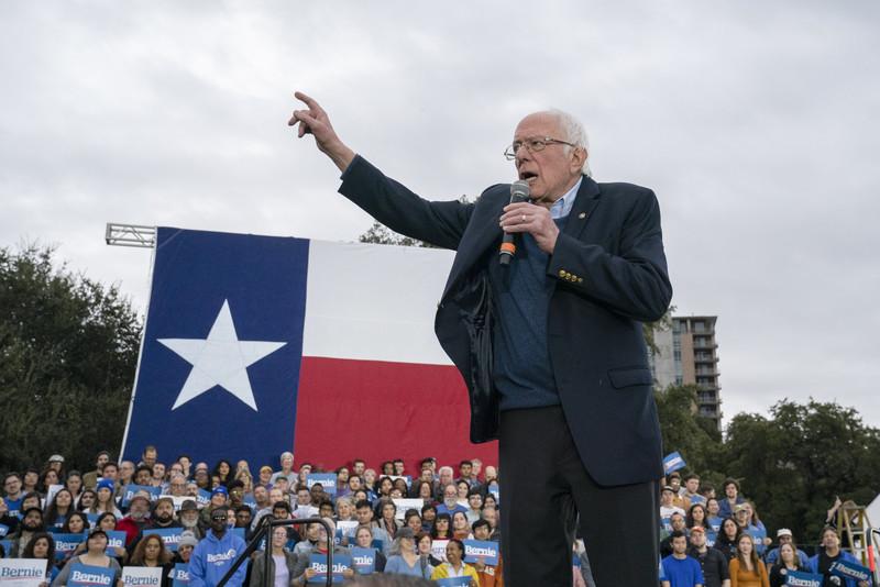 Bernie Sanders speaks to crowd of supporters