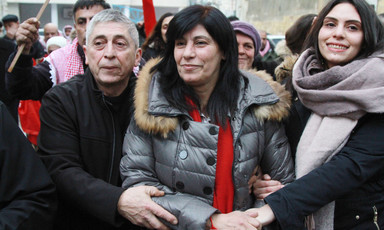 Khalida Jarrar surrounded by supporters.