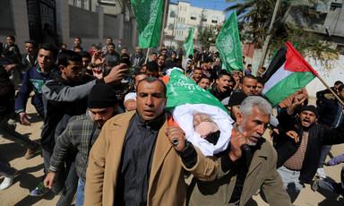 Israeli sniper fatally wounds Gaza child