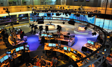 Overview of a busy newsroom